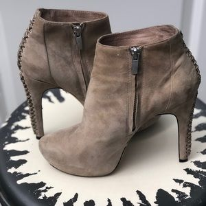 Vince Camuto Suede Ankle Boots Booties Shoes
